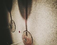 31/365 - Night cap (park_joe1) Tags: light shadow red glass night stem counter wine top drop late redwine