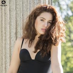 Retrato en exterior (Julio Jaime Snchez Verd) Tags: parque sexy beautiful beauty nikon exterior retrato modelo guapa pelirroja belleza portrair