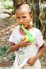 BSB : Baan Mae Tew (Bring Smiles Back) Tags: charity children thailand help volunteering sharing volunteer hilltribe nonprofit bringsmilesback