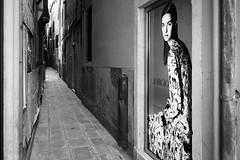 Street fashion (Mark Grant-Jones) Tags: street venice blackandwhite bw contrast alley nikon fullframe fx contrasts armani fav10 d810 alleyyway