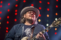 "Wilco - Vida Festival 2016 - Viernes - 1 - M63C1686 • <a style=""font-size:0.8em;"" href=""http://www.flickr.com/photos/10290099@N07/27518012294/"" target=""_blank"">View on Flickr</a>"