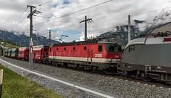 0887_2016_05_20_sterreich_Bad_Hofgastain_Angertal_BB_1116_141_SIEMENS_&_1144_252_mit_RockTainer_ORE_und_SZ_Falns_Villach (ruhrpott.sprinter) Tags: railroad schnee salzburg train logo graffiti austria ic sterreich diesel natur siemens eisenbahn rail zug db cargo baustelle berge 101 passenger fret ore schokolade rupert freight bb badgastein 900 kv zucker ec ecard 1016 sz liebherr bagger badhofgastein gter angertal 1144 dorfgastein ekol 1116 erzberg tauernbahn reisezug voestalpine nordrampe innofreight ellok zweiwege vaerzberg gastainertal rocktainer