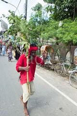 H504_3400 (bandashing) Tags: trees red england men green boys festival manchester dance log shrine branch pray sing sylhet bangladesh socialdocumentary mazar aoa shahjalal bandashing akhtarowaisahmed treecuttingfestival lallalshahjalal