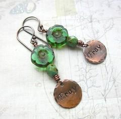 Green Flower pray earrings (Di's jewellery) Tags: flowers green glass beads czech handmade pray copper earrings