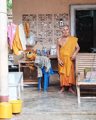 image (thetheaxel) Tags: mnche thailand monk orange