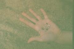 (Juliana M. M. Soares) Tags: 35mm rj hand mo pousodacajaba