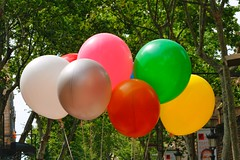 Las Ramblas (gary8345) Tags: 2016 spain espanya catalonia barcelona lasramblas snapseed baloons