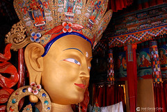 12-06-30 India-Ladakh (733) Thikse R01 (Nikobo3) Tags: travel india color portraits nikon asia ngc retratos viajes kashmir d200 monasterio himalayas thikse jammu culturas twop budas karakorum nikond200 thiksemonastery omot kachemira nikon247028 ladakd flickrtravelaward nikobo josgarcacobo