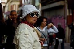 (Taygun AHISKALI) Tags: life street city portrait urban woman white color public sunglasses turkey photography 50mm photo aperture day dof f14 sony uv streetphotography streetscene scene istanbul stranger filter hd hoya lavie larue photoderue a580 laphotographiederue taygunahiskali