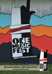 "OneMusic Fest '12 • <a style=""font-size:0.8em;"" href=""http://www.flickr.com/photos/92212223@N07/8971464771/"" target=""_blank"">View on Flickr</a>"