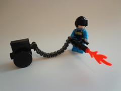 ADU Heavy Gunner (johnfromcoke) Tags: lego alien conquest adu brickarms