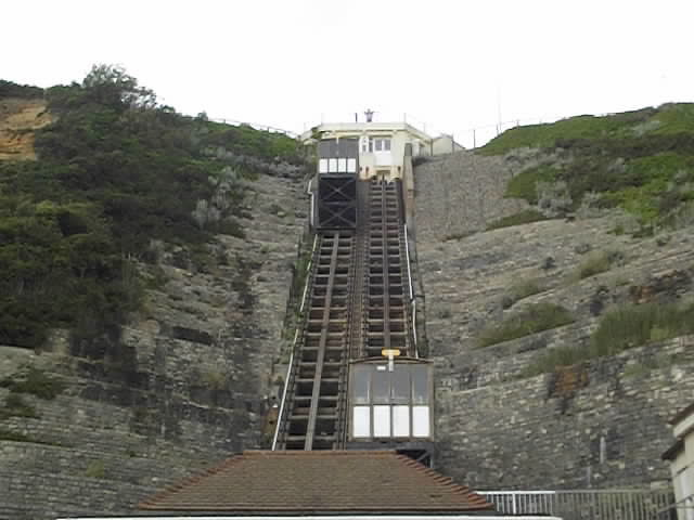 Bournemouth East Beach - East Cliff Lift - video clip