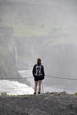 Desconocida. (Julia Mora Crespo) Tags: people nature girl fog landscape person waterfall iceland islandia nikon nikond5000