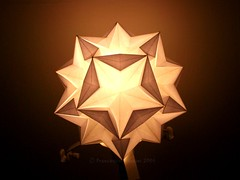 Starz backlit (mancinerie) Tags: origami paperfolding modularorigami francescomancini mancinerie