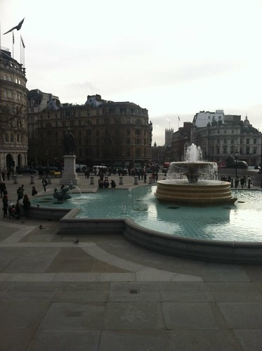 "Fountain at Trafalgar Square <a style=""margin-left:10px; font-size:0.8em;"" href=""http://www.flickr.com/photos/117397217@N06/12581231495/"" target=""_blank"">@flickr</a>"