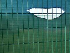 trou# (alainalele) Tags: france internet creative commons council housing bienvenue et lorraine 54 licence banlieue moselle presse bloggeur vandoeuvre meurthe paternit 54500 alainalele lamauvida