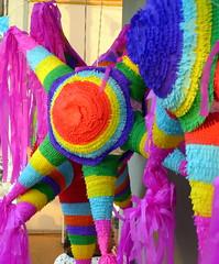 Piñata 2 (Raul Jaso) Tags: color mexicana mexico mexicocity df colorful crafts artesanias craft colores sphere figuras spheres mexicano ciudaddemexico mexicodf piñata artesania piñatas geometria esfera colorido esferas geometricas artepopular geometricfigures figurasgeometricas mexicancraft artesaniamexicana