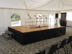 "Palco per conferenza • <a style=""font-size:0.8em;"" href=""http://www.flickr.com/photos/98039861@N02/15758703954/"" target=""_blank"">View on Flickr</a>"