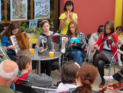 Music in the streets of Dungloe (Ramireziblog) Tags: street ireland music festival canon mary dungloe g11