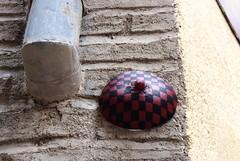 Intra Larue 678 (intra.larue) Tags: street urban art breast arte pit toledo urbano teta sein moulding espagne espagna urbain pecho intra espanya formen seno brust moulage tolede