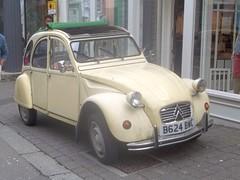 Citroen 2CV #1 (occama) Tags: old uk car french cornwall citroen 1984 2cv 1985 b624bwc