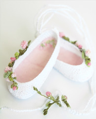 ~Roses Garden~ (Maria Kłopotowska) Tags: roses ballet shoes doll crochet slippers littledarling effner