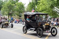 IMG_2844 (marylea) Tags: classic car vintage classiccar parade memorialday 2015 may25 memorialdayparade