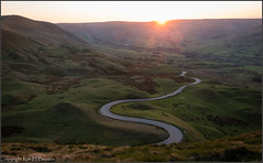 Edale valley, Derbyshire (kimbenson45) Tags: derbyshire edalevalley england peakdistrict bowl brown car curved curves curving curvy evening flare green hills hilly landscape lensflare light meandering nature outdoors road scenic settingsun sunset vehicle winding windingroad