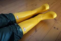Well Protected! (essex_mud_explorer) Tags: rain yellow vintage boots gates bib rubber gloves hunter wellingtonboots wellies marigold rubberboots rainwear gummistiefel wellingtons waterproof gumboots rainboots gauntlets madeinscotland bibandbraces rubberlaarzen me107 marigoldemperor