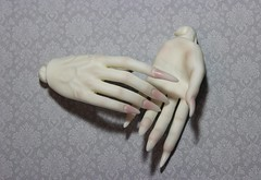 IMG_9266 (as.vice) Tags: hands bjd blushing dollmore dollpire sphinxvice