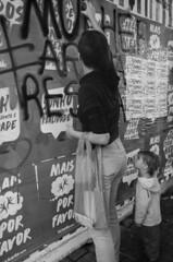 """ Mulher artista resista"" (SamNeves1993) Tags: brazil woman brasil mom avenida kid women artist mulher rape sp brazilian feminism mulheres artista paulista feminismo manifestao feminista temer patriarcado estupro"