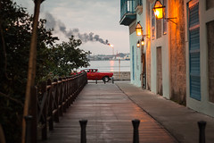 La Habana (Un par de peras) Tags: carretera acera callejn airelibre arquitectura colores colors colours cuba havanavieja habanavieja oldhabana havanacuba cocheantiguo cocheamericano almendrn rojo red perspectiva malecn malecnhabana malecnhavana oldcar americancar colorsinourworld bright fence fire