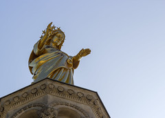 Golden Mary's blessing (Olivier So) Tags: france provence avignon cathedral
