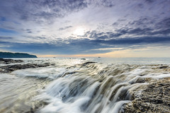 _MG_3131 (Nguyn nh Thnh) Tags: longexposure sunset sea mountain water sunrise rocks asia seascapes cloudy vietnam filter asean quangngai lyson singhray thachkydieutau