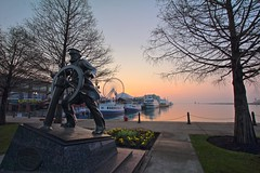 Sunrise Over Navy Pier (player_pleasure) Tags: chicago sunrise lakemichigan navypier hdr windycity chicagoist