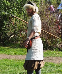 Hunter with javelin (bokage) Tags: sweden hunter viking spear javelin tby bokage tbykyrkby runicday rundagen