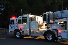 Suffern Fire Department Ladder 19-99 (Triborough) Tags: newjersey nj firetruck fireengine ladder tiller seagrave sfd montvale tda bergencounty suffernfiredepartment ladder1999