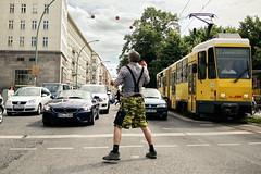 Juggler (sterreich_ungern) Tags: berlin danger deutschland juggler job friedrichshain crisis frankfurter allee gefahr jongleur warschauer krise strase