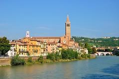 Verona : Chiesa di Santa Anastasia ( 1290 ) (Pantchoa) Tags: italy river nikon italia day clear chiesa verona nikkor adige verone d90 pontepietra santaanastasia capturenx2 1685f3556gedvr