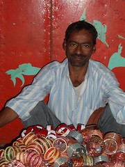 Manihar_Bangle_seller