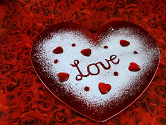 Happy Valentine's Day ! (Batikart) Tags: flowers winter red roses white inspiration black macro rot art love closeup canon silver germany hearts geotagged creativity deutschland europa europe heart background letters decoration feather tranquility plate valentine dreams