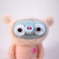 Pip (Kit Lane) Tags: wool felted twins babies kawaii kitlane ursabob