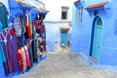 1171 (latifalaamri) Tags: nikon bleu maroc porte chaouen bleue afrique mdina d3100
