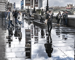 Down by the riverside (Ludo_Jacobs) Tags: street city reflection london rain thames river puddle britain streetphotography regen