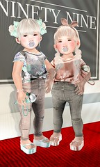 Ugly Duckling @ Ninety-Nine (LOTUS. & Ugly Duckling) Tags: life original girls red cute fashion carpet high mesh top metallic nine duckling knot spotlight sl jeans waist event 99 ugly second glam paparazzi chic tops td ninetynine ninety knotted waisted toddleedoo
