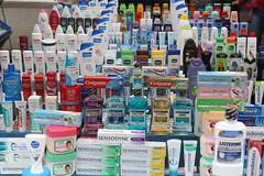 Amsterdam/Netherlands ( Philipp Hamedl) Tags: city netherlands amsterdam iamsterdam market citylife toothpaste stadt products impressions impressionen niederlande zahnpasta produkte zahnpflege