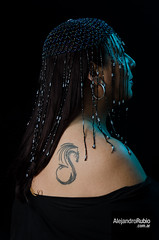 La chica del dragn tatuado (.Alejandro Rubio.) Tags: black argentina argentine tattoo mujer buenosaires chica dragon flash estudio speedlight strobe tatuaje gipsy gitana hombro alerubio