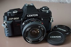 Centon DF-300 with 24mm (Ren Maly) Tags: camera slr minolta 24mm clone x300 cameraporn centon df300 camerawiki renmaly