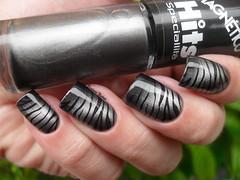 Colorama - Black + Hits - Virgem + M57-1 (Barbara Nichols (Babi)) Tags: hits hitsspecialitt magntico carimbo nailart colorama black