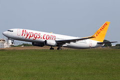 TC-CPA Pegasus Airlines B737-800 London Stansted Airport (Vanquish-Photography) Tags: london canon photography eos airport ryan pegasus aviation railway taylor 7d airlines stansted ryantaylor vanquish b737800 tccpa vanquishphotography